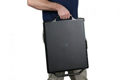 acuity_dr-portable-xray-panel-hands-600x400